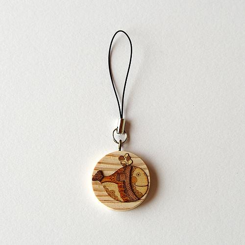 木はり絵ストラップ「ハッピーウェイブ」